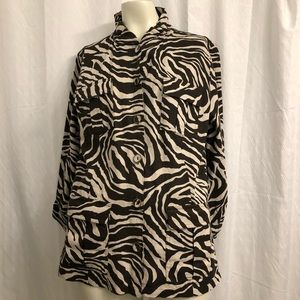 Chico's linen shirt with a zebra-like pattern